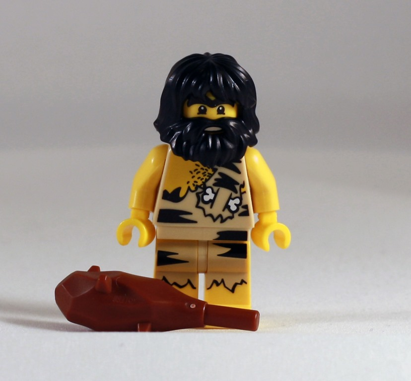 Old Caveman Show : Minifig monday the triangular room